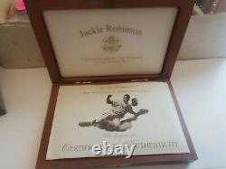 1997 W Jackie Robinson 50th Anniversary Legacy Set 5 $ Gold Coin+ Card+ Patch&pin